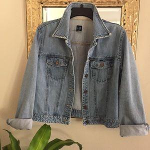 Vintage GAP Distressed Jean Jacket Size Large